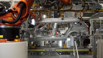 Százmillió eurós bírságot kapott a három német autógyártó
