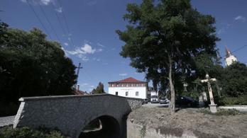 Mészárostól Tiborczhoz kerül BAZ megye egyetlen ötcsillagos szállodája