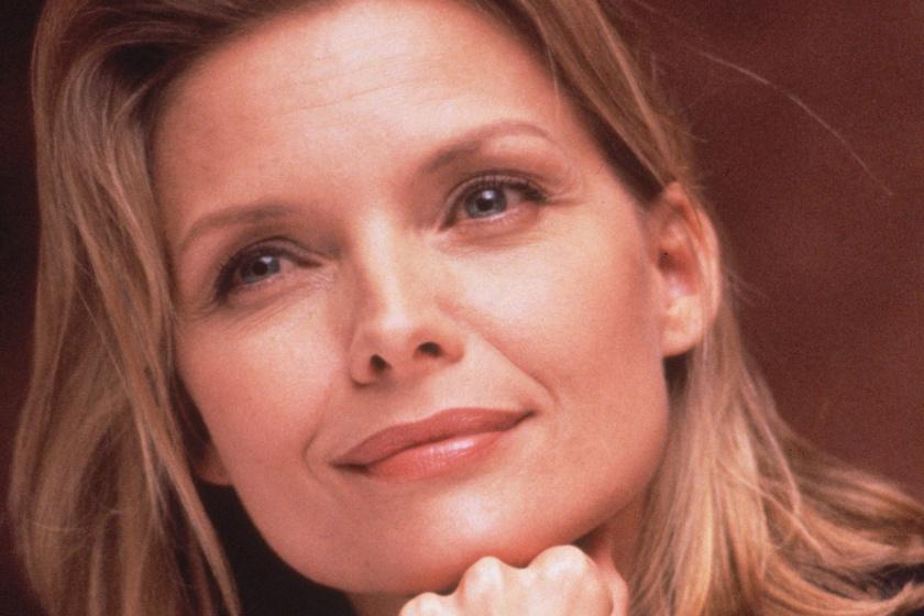 Michelle Pfeiffer 61 évesen is irtó dögös - Évtizedeket letagadhat korából a színésznő