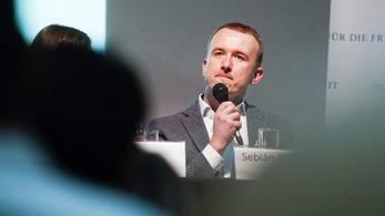 A DK pártigazgatója váltja László Imrét a parlamentben