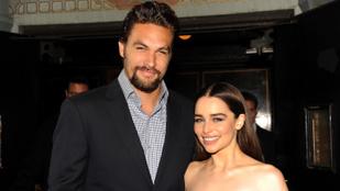 Emilia Clarke-ot Jason Momoa győzte meg arról, ha nem akar meztelenkedni a tévében, hát ne tegye
