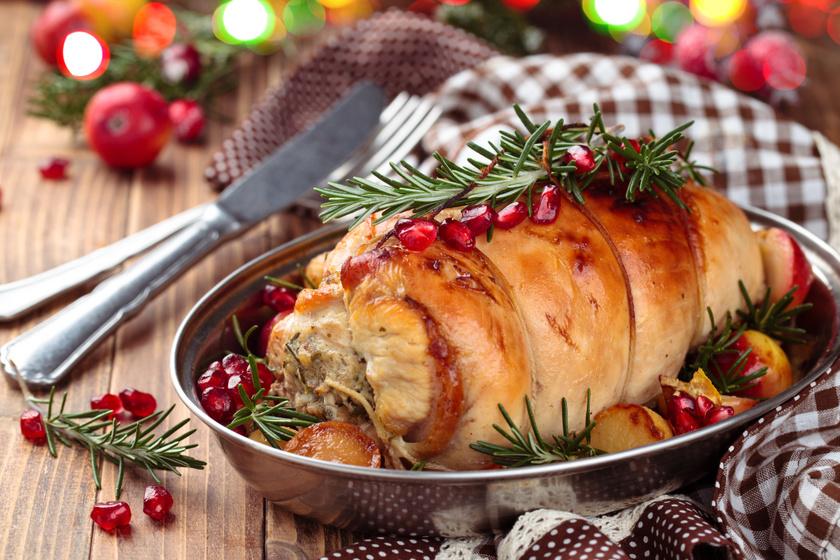A tökéletes karácsonyi pulykarolád receptje: a gesztenyés töltelék is fantasztikus