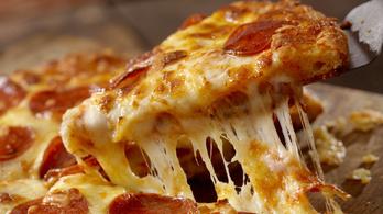 Úgy tett, mintha pizzát rendelne, pedig a 911-et hívta