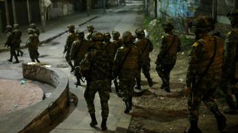 Civilek és rendőrök is meghaltak a kolumbiai zavargásokban, kijárási tilalom van a fővárosban