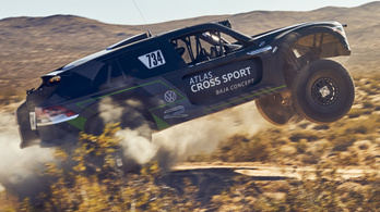 Brutális Baja-gépet építettek a VW Atlas-ból