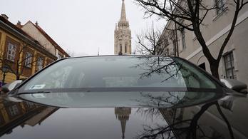 A volt polgármesterrel kötött egyedi megállapodás döntött a budavári parkolási kedvezményekről