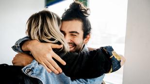 10 dolog, amit mindenkinek tudnia kéne a szeretethormonról