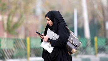 Iránban lekapcsolták az internetet, az USA a vezetők közösségi oldalának blokkolásával válaszolna