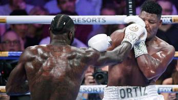 Wilder megint pusztító jobbossal nyert, beérte Muhammad Alit