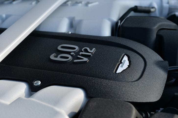 29-aston-martin-v12-vanquish-volante-fd-1