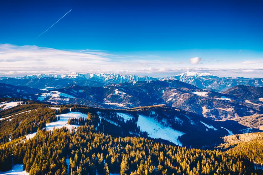 Az osztrákok egyik kedvenc hegycsúcsa - Schneeberg csodáit egyszer látni kell