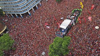 A Libertadores-győzelem másnapján bajnokok lettek