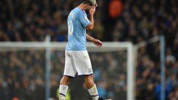 Combsérülés miatt Agüero néhány hétig nem játszhat