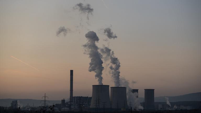 Mátrai gázszivárgás: miért nem engedték ki az iskolásokat?