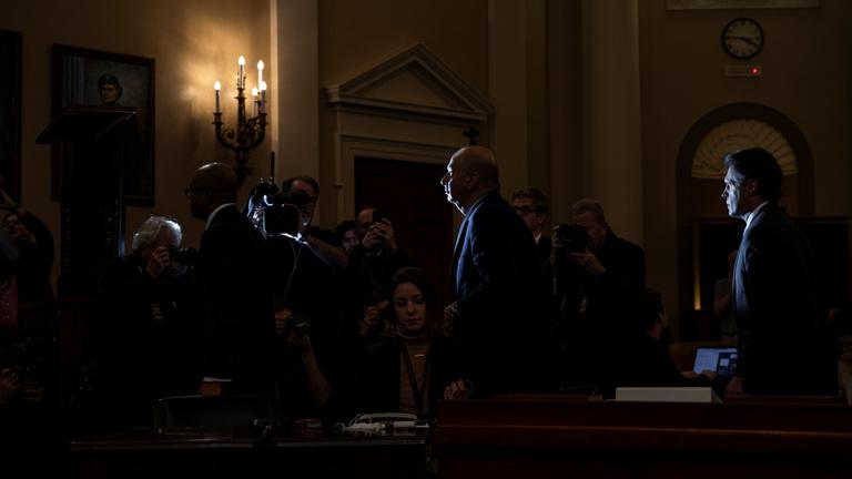 A héten új szakaszába lép az impeachment-eljárás, Trump egyre jobban izzadhat