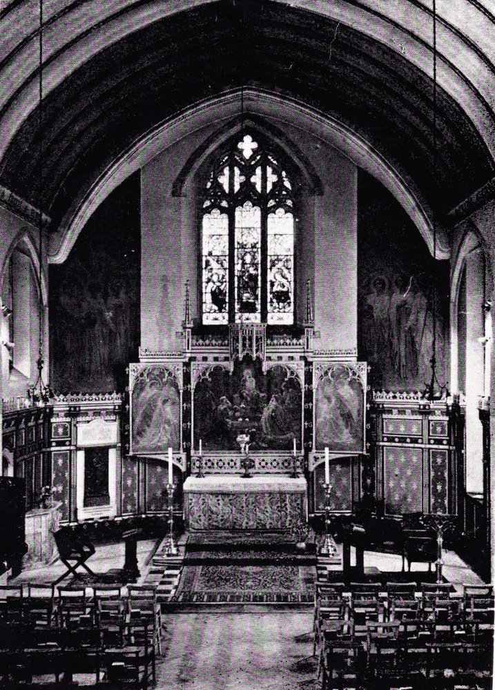 Ugyan 20 évvel ezelőtt így festett a benti látkép, egy leleményes designer teljesen átformálta a kápolnát.