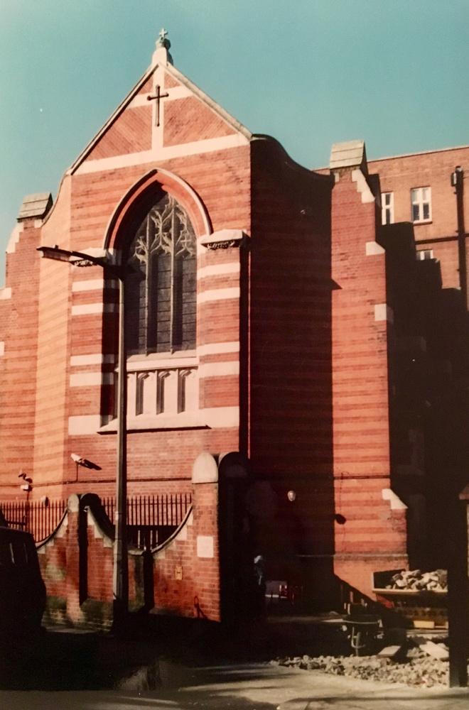 Íme egy kápolna London belvárosától nagyjából másfél órányira