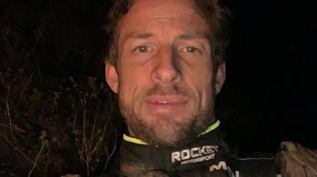 A sivatagban töltötte az éjszakát Jenson Button