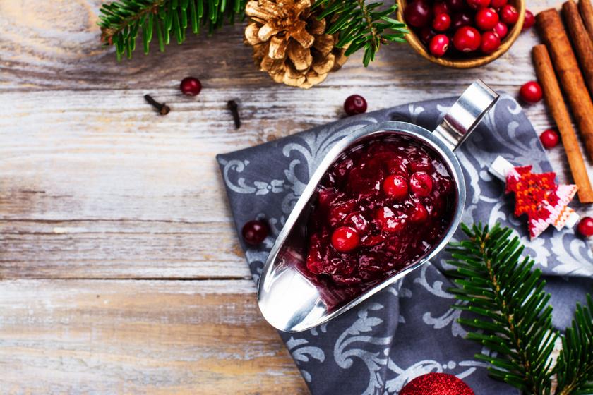 Ínyenc házi áfonyamártás komolyabb sültekhez: karácsonyi főétel mellé isteni
