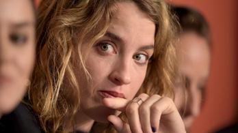 Gyerekként szexuálisan zaklatta egy filmrendező, állítja egy neves francia színésznő