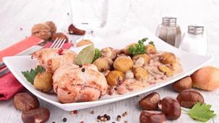 Egyszerűen elkészíthető különlegesség: pulyka konyakos gesztenyemártásban, almás tócsnival