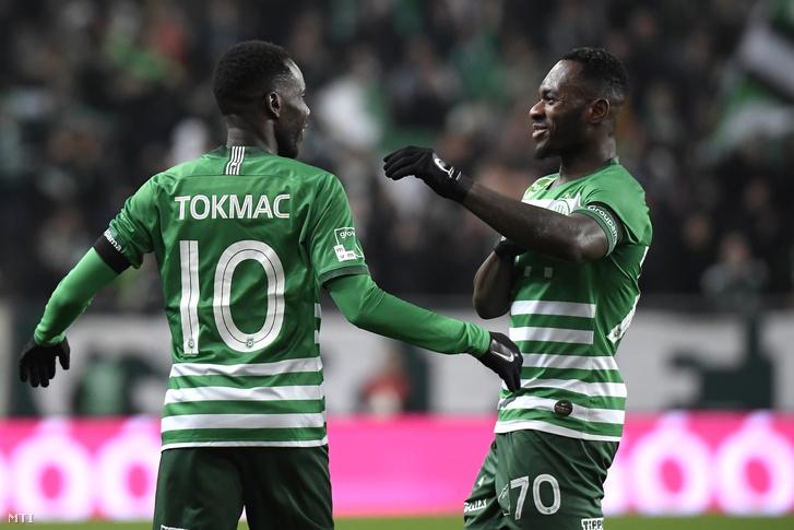 Tokmac Nguen (b) és Franck Boli a Fradiból