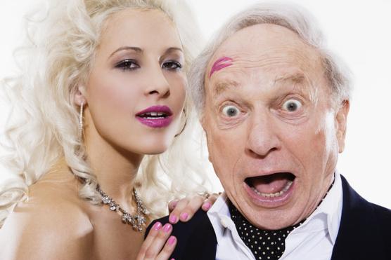 Ezért szeretik a nők az idősebb férfiakat
