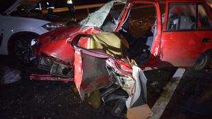 Gáspár Győzőék karamboloztak, beléjükrohant egy másik autó