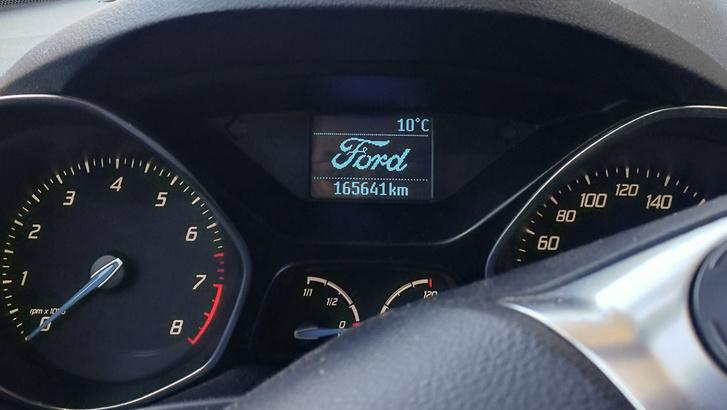Ford C-max LUJ622 Ecoboost 03 - műszerfal