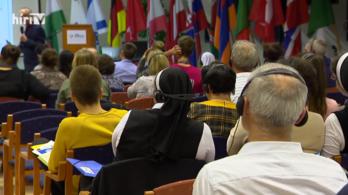 Titkos meleggyógyító konferencián járt a Hír TV