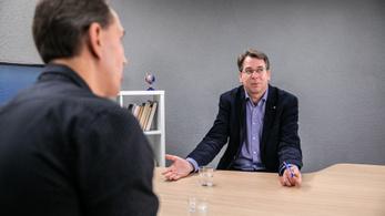 Hiteles-e a Jobbik néppártosodása? Mi lesz a Jobbikkal?
