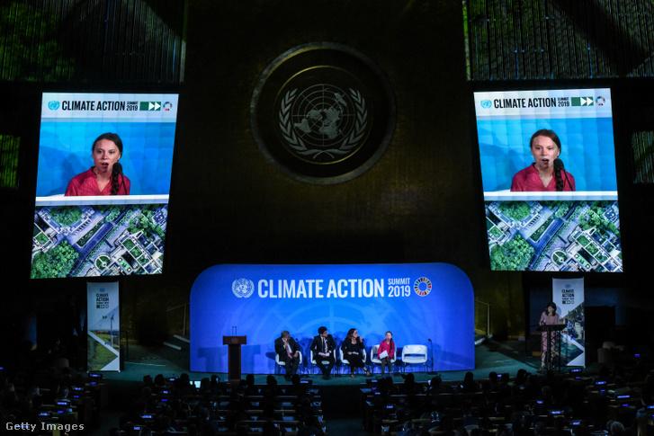 Greta Thunberg beszél az ENSZ klímakonferenciáján New Yorkban 2019. szeptember 23-án