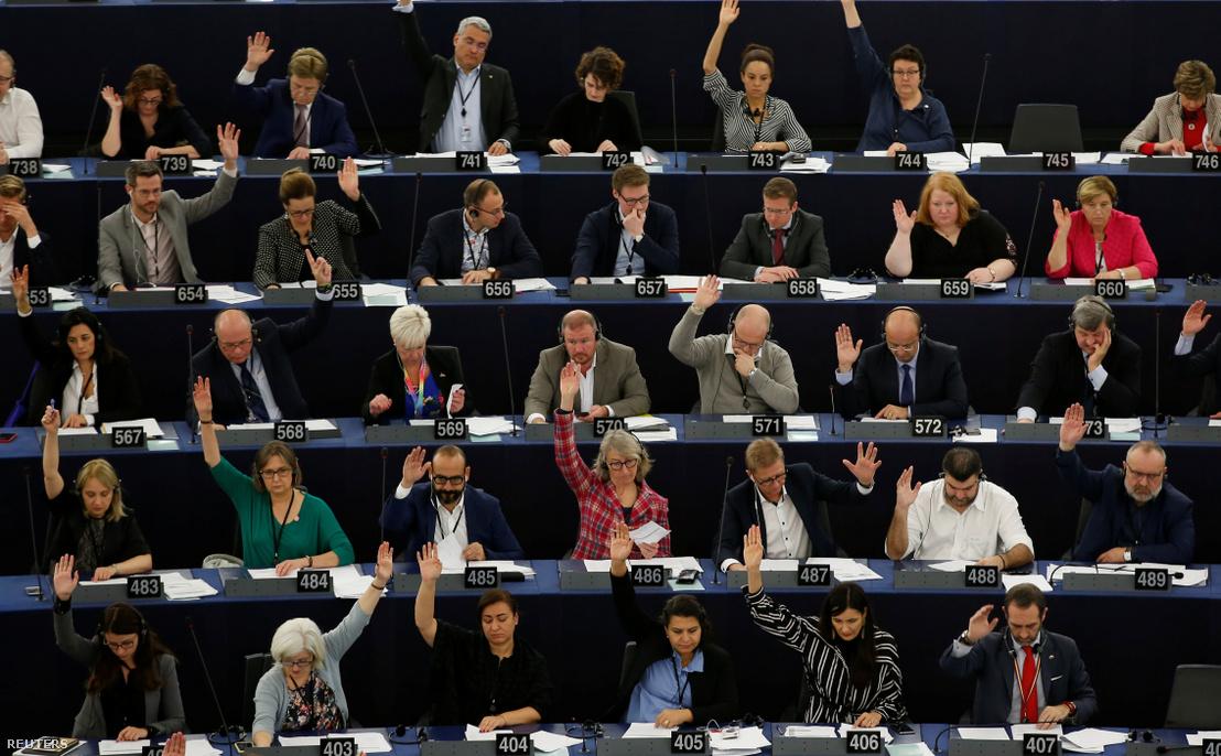 AZ Európai Parlamentben szavaznak a képviselők a klímavészhelyzetről Starsbourgban 2019. november 28-án