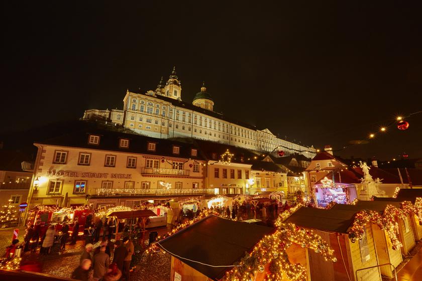 Álomszép advent Bécs közelében: mesébe illő várak és hangulatos sétálóutcák várnak