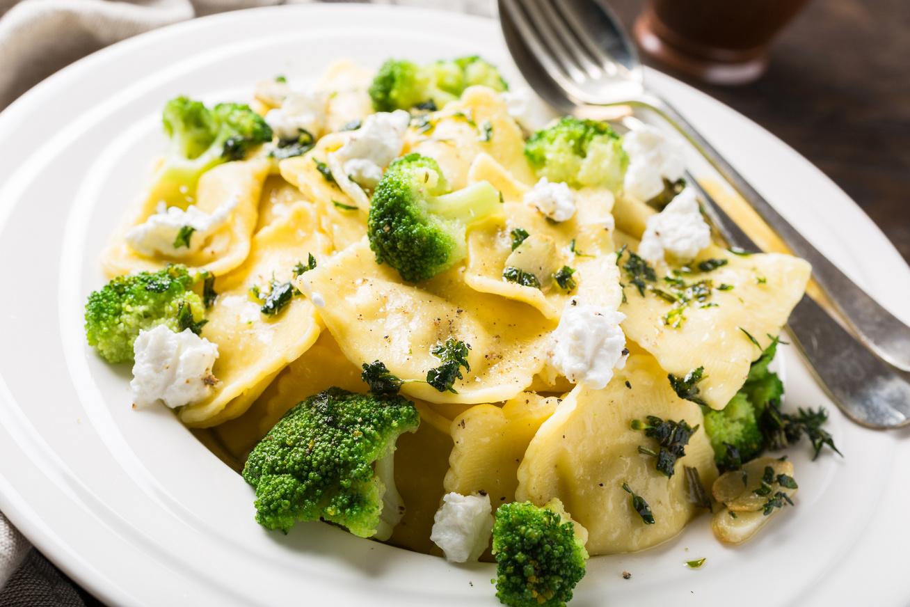 brokkolis-kecskesajtos-ravioli