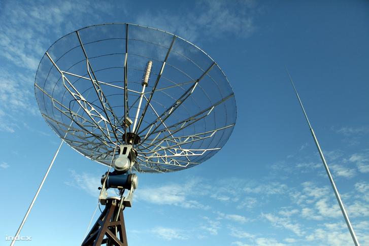 A BME új antennája, ami remélhetőleg alkalmas két igen kicsi műhold követésére is