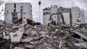 50 halottja van az albániai földrengésnek