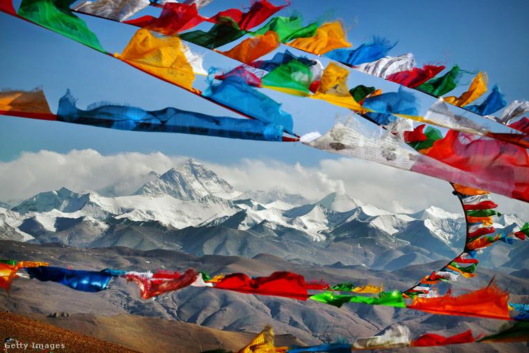 Ez a lista természetesen nem lenne teljes a Mount Everest, a világ legmagasabb hegye nélkül