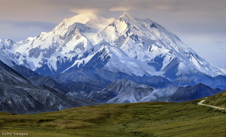 Az Alaszkában található, 6168 méter magadra nyúló McKinley-csúcs Észak Amerika legmagasabb pontja