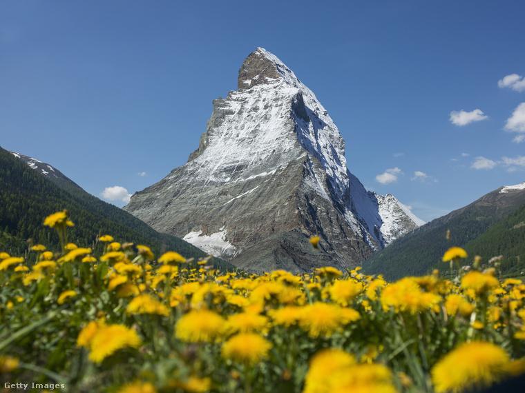 A Mattehorn az Alpok hetedik legmagasabb csúcsa, 4478 méter magas