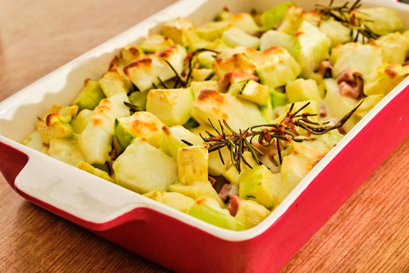 Zöldségek esetén csökkenthető az ásványianyag-tartalom a főzés előtt áztatással és a főzővíz leöntésével. A magas foszfor- és káliumtartalmú brokkoli, kelkáposzta és babfélék helyett a spárgatök vagy a patisszon jobb választás vesebetegek számára. Sütőben sütve is jó, főzelékként rizskrémmel is sűríthető!