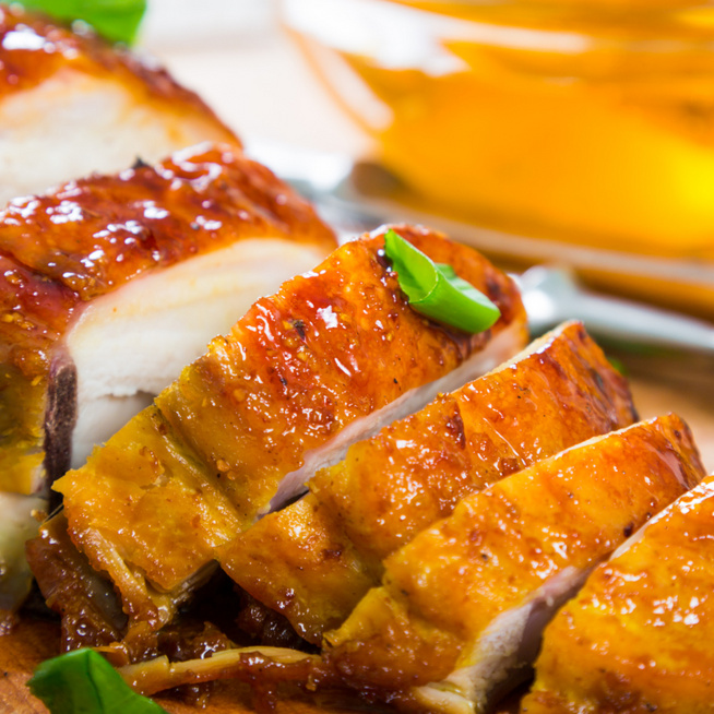 Belül zamatos, kívül mázas csirkemell – Gyors, mégis fenséges vacsora