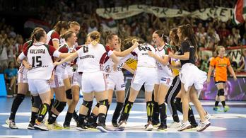 24 gólos siker a női kéziválogatott első vb-meccsén