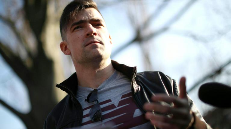 Bezzeg a magyaroknál, mondja a neonáciból lett bécsi influenszer