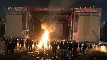 Dühös rajongók törtek-zúztak a Slipknot színpadán Mexikóban