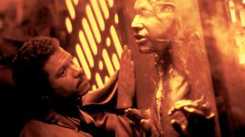 Genderfluidként él a Lando Calrissiant alakító színész