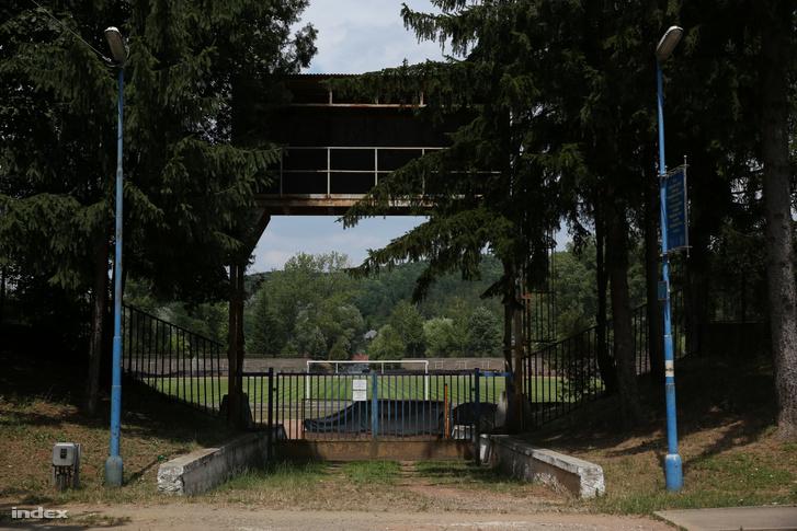 Ózdi Stadion bejárata