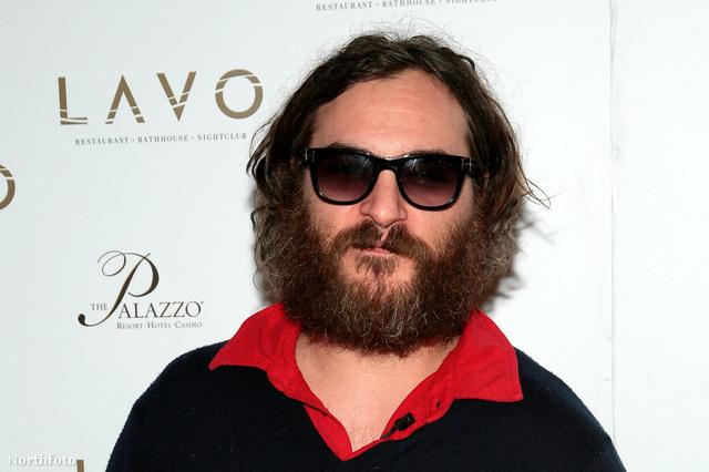 Joaquin Phoenixet is mindenki őrültnek nézte ezzel a szakállal