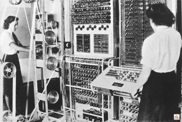 Colossus, a német titkosítás feltörésére tervezett elektronikus számítógép a Bletchley Park-i bázison (kattintson a fotóra nagyképes válogatásunk megtekintéséhez!)