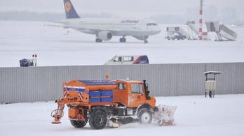 A havazás miatt a ferihegyi reptéren is késések vannak
